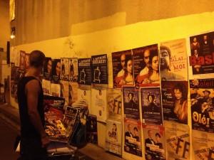Affichage de nuit au Festival d'Avignon 2014