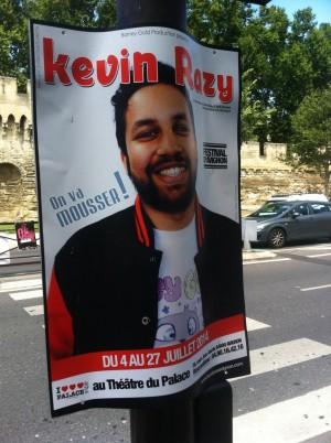 Affiche en boarding pour Kevin Razy au Festival d'Avignon 2014